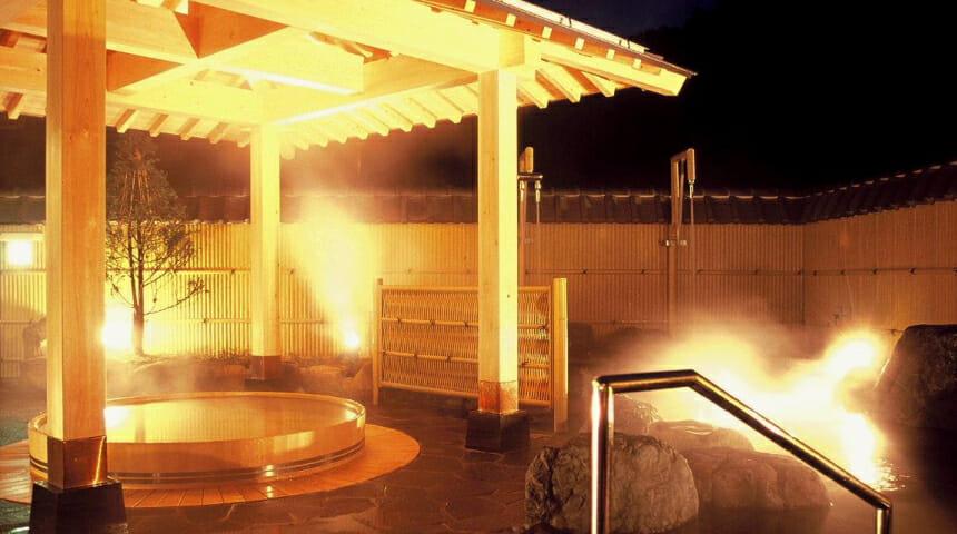 メイン画像(四十八滝温泉しぶきの湯 遊湯館)
